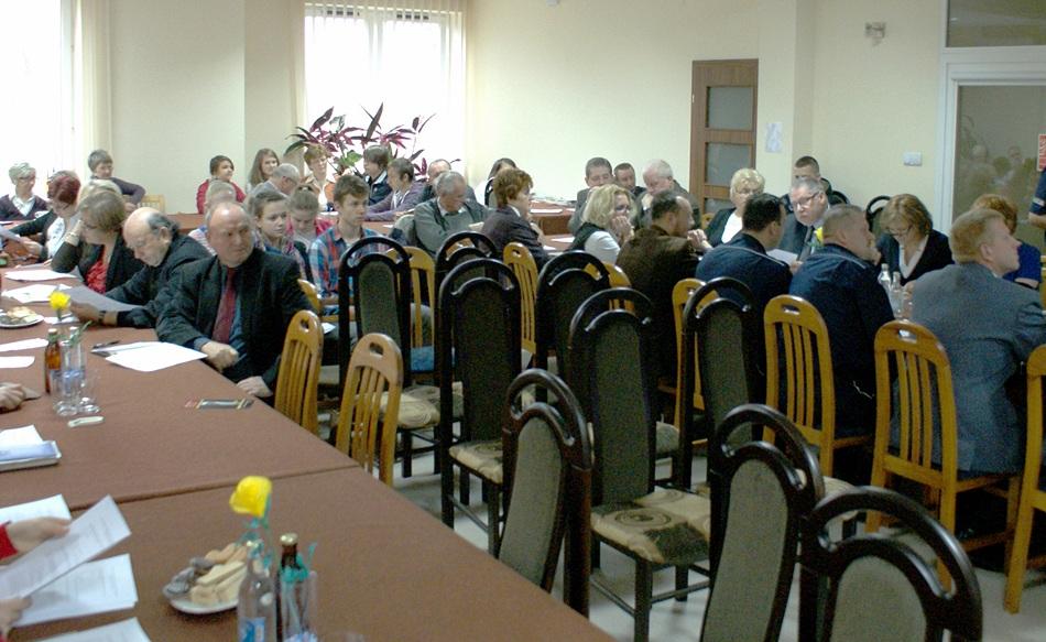 debata-o-bezpieczentwie-policja-powiat-Starachowice-gmina-Brody-03.JPG