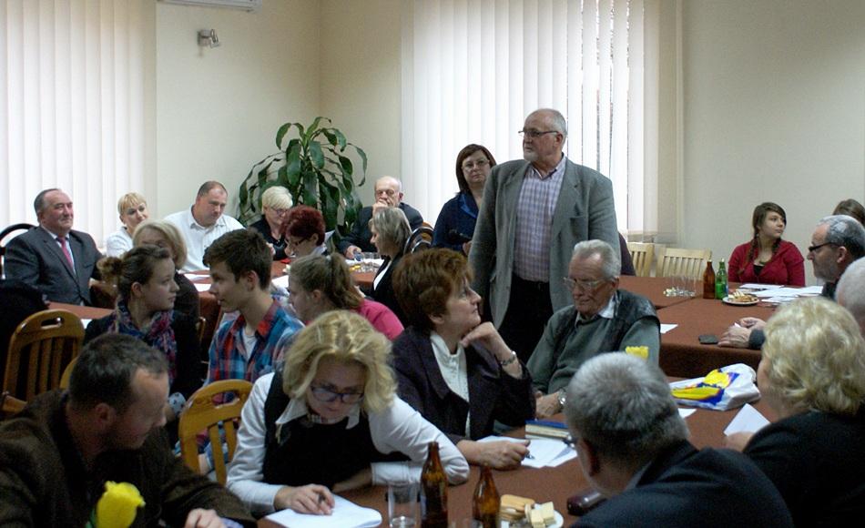 debata-o-bezpieczentwie-policja-powiat-Starachowice-gmina-Brody-08.JPG