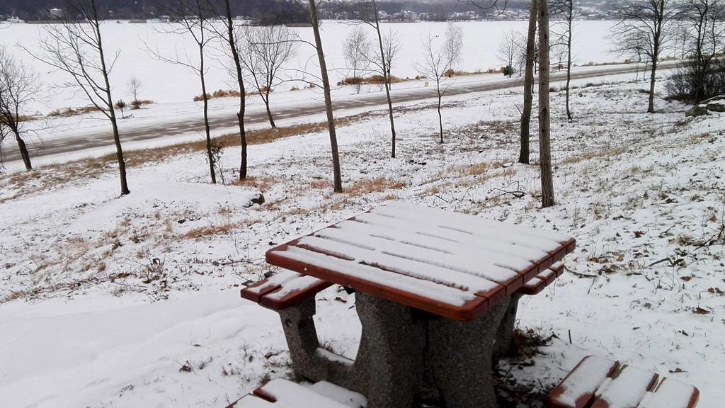 Skaly-w-Rudzie-odsloniete-pomnik-przyrody-zima-03.jpg