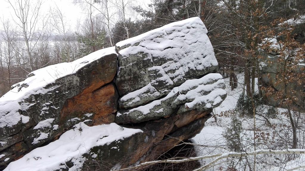 Skaly-w-Rudzie-odsloniete-pomnik-przyrody-zima-13.jpg