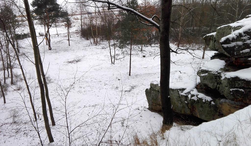 Skaly-w-Rudzie-odsloniete-pomnik-przyrody-zima-14.jpg