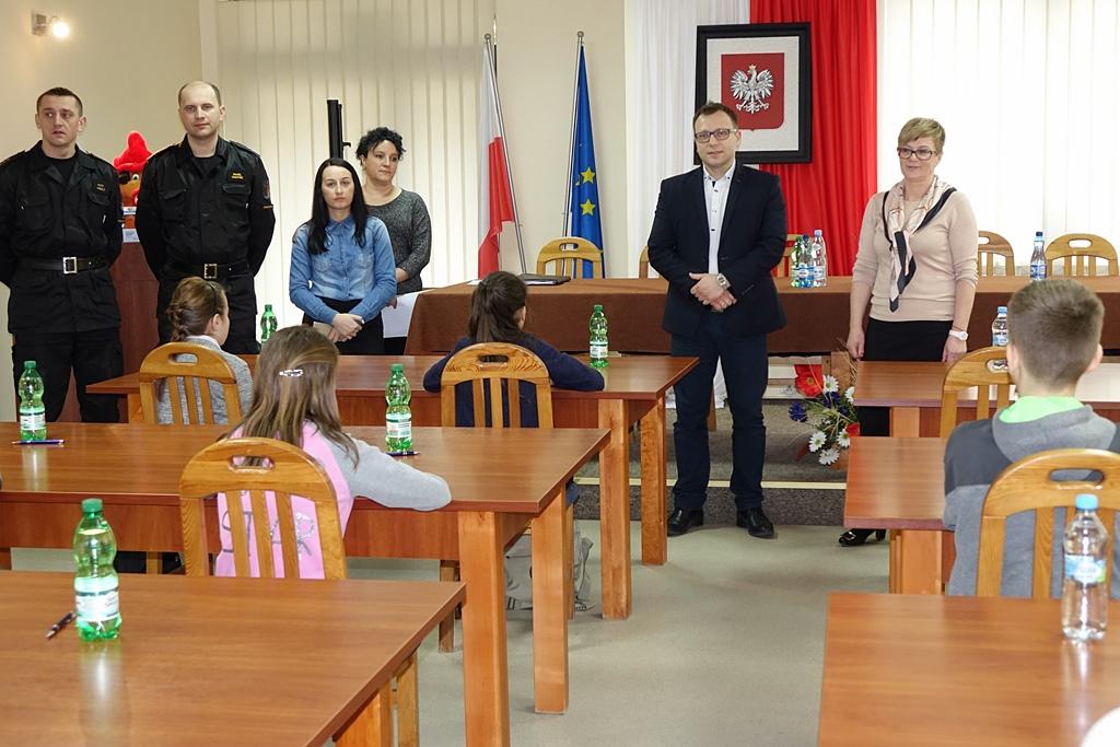 turniej-wiedzy-pozarniczej-gmina-brody-wojt-marzena-bernat-07.JPG
