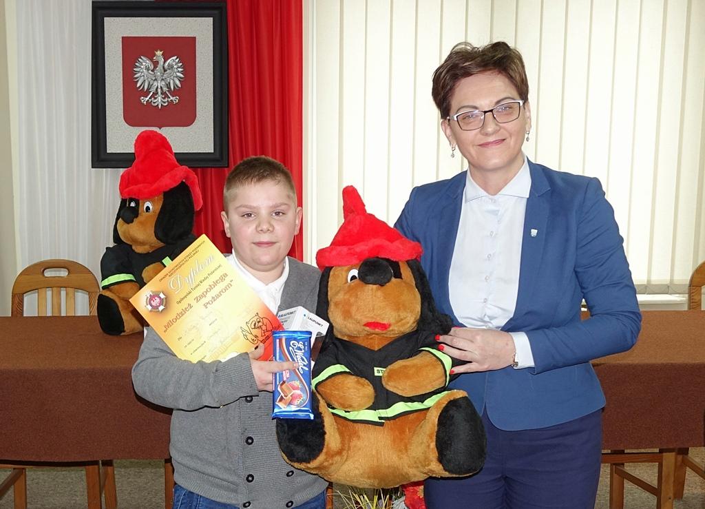 turniej-wiedzy-pozarniczej-gmina-brody-wojt-marzena-bernat-14.JPG