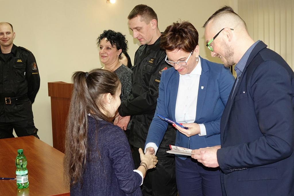turniej-wiedzy-pozarniczej-gmina-brody-wojt-marzena-bernat-21.JPG