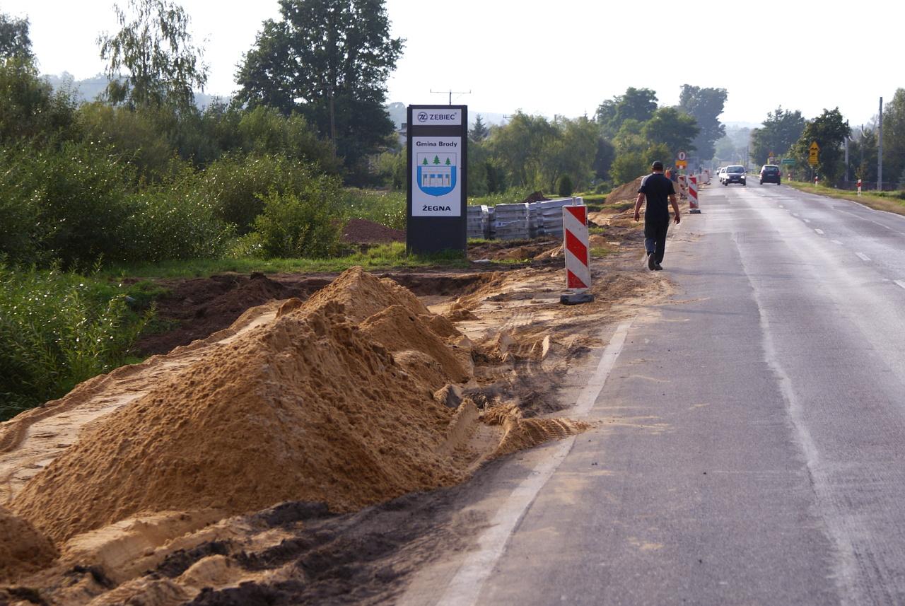 chodnik-kuczow-droga-krajowa-42.jpg
