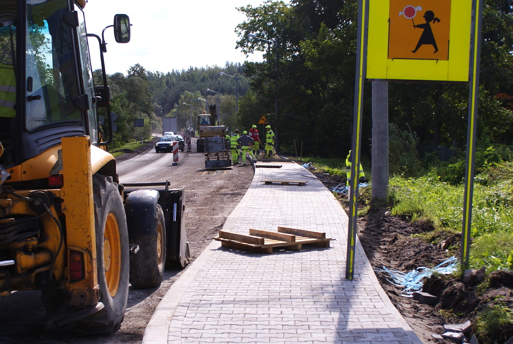 chodnik-rudnik-droga-krajowa-9-a.JPG