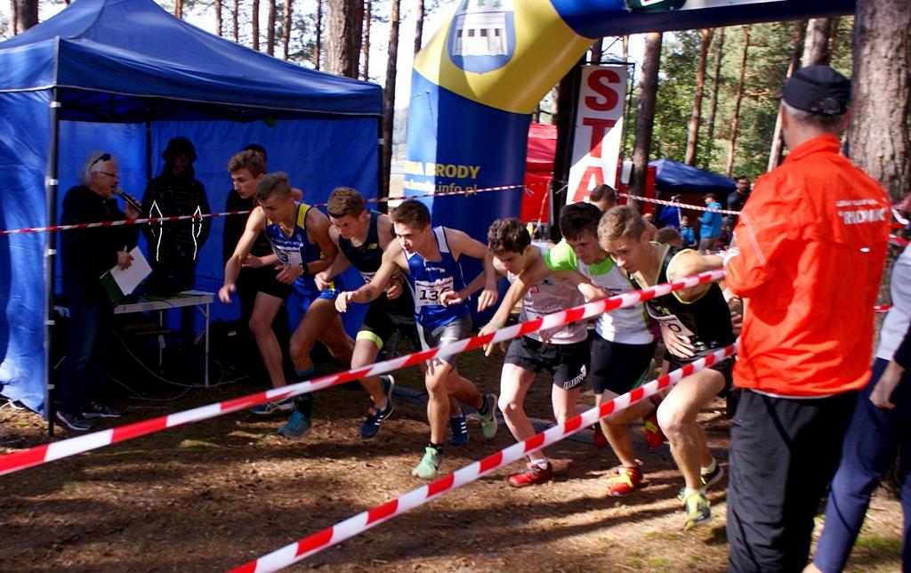mistrzostwa-biegi-gorskie-skaly-krynki-gmina-brody-lkb-rudnik-71.JPG