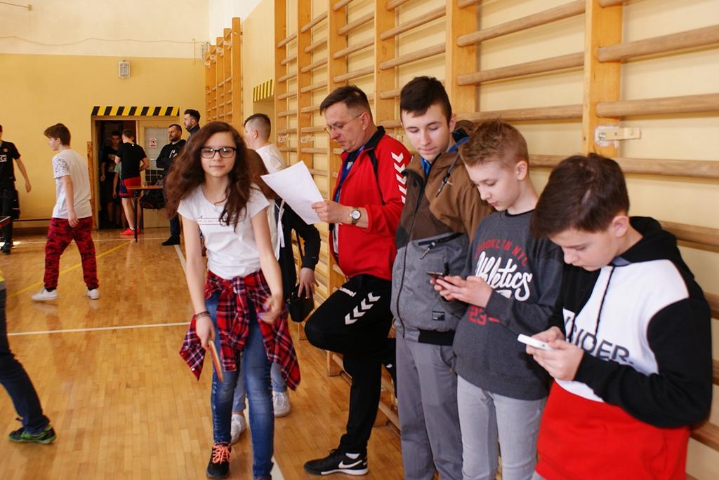 turniej-tenisa-stolowego-szkola-ruda-DSC03490.JPG