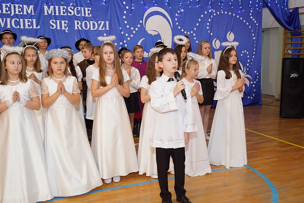 jaselka-gminne-szkola-w-stykowie-15.JPG