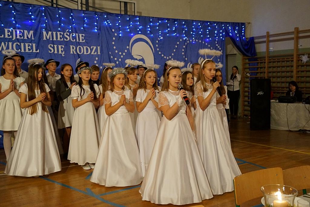 jaselka-gminne-szkola-w-stykowie-23.JPG