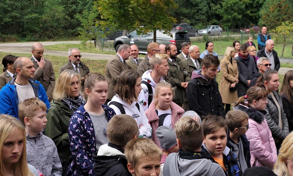 odsloniecie-pomnika-majora-dobrzanskiego-hubala-polagiew-gmina-brody-powiat-starachowickiIMGP7708.JPG