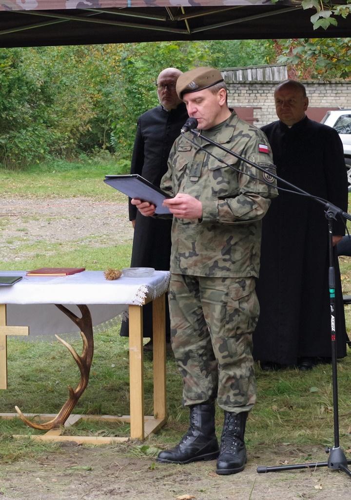 odsloniecie-pomnika-majora-dobrzanskiego-hubala-polagiew-gmina-brody-powiat-starachowickiIMGP7926.JPG