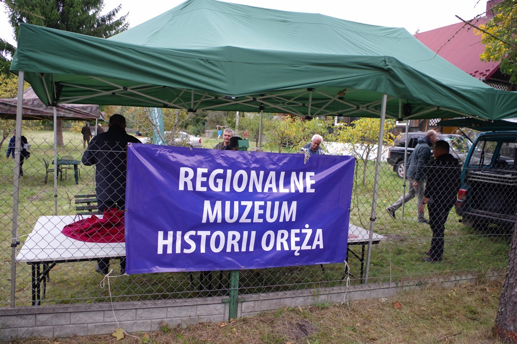 odsloniecie-pomnika-majora-dobrzanskiego-hubala-polagiew-gmina-brody-powiat-starachowickiIMGP8171.JPG