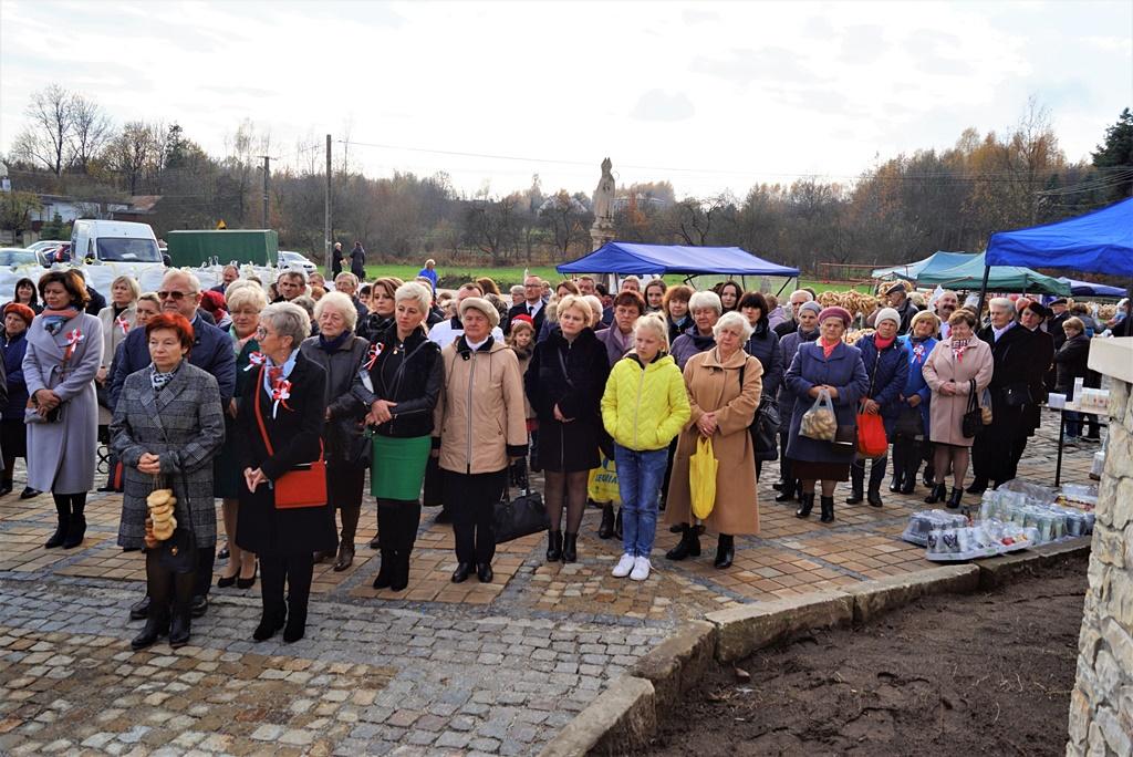 piate-gminne-obchody-narodowego-swieta-niepodleglosci-gmina-brody-powiat-starachowicki20191111-130856.JPG