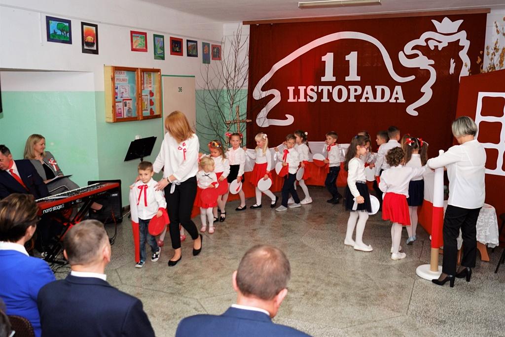 piate-gminne-obchody-narodowego-swieta-niepodleglosci-gmina-brody-powiat-starachowicki20191111-135657.JPG