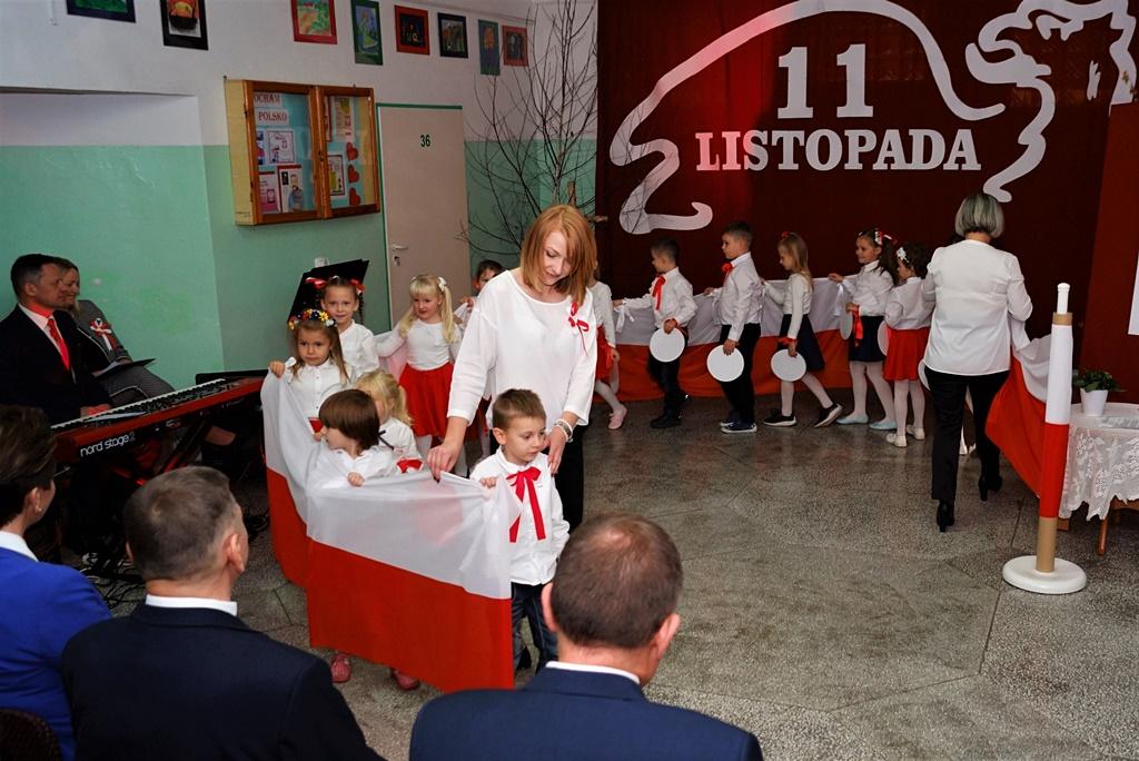 piate-gminne-obchody-narodowego-swieta-niepodleglosci-gmina-brody-powiat-starachowicki20191111-135701.JPG