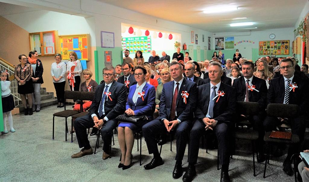 piate-gminne-obchody-narodowego-swieta-niepodleglosci-gmina-brody-powiat-starachowicki20191111-142837.JPG