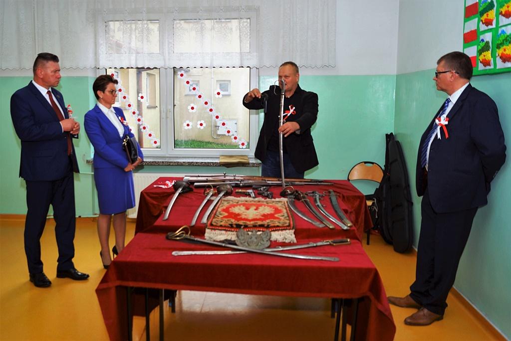 piate-gminne-obchody-narodowego-swieta-niepodleglosci-gmina-brody-powiat-starachowicki20191111-144955.JPG