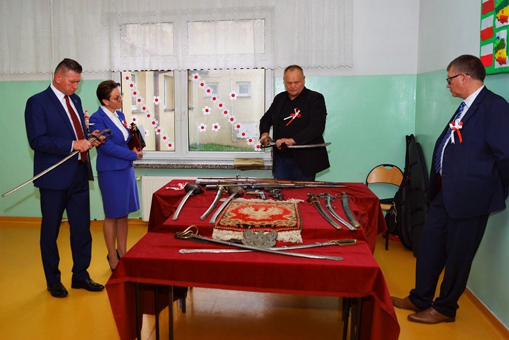 piate-gminne-obchody-narodowego-swieta-niepodleglosci-gmina-brody-powiat-starachowicki20191111-145326.JPG
