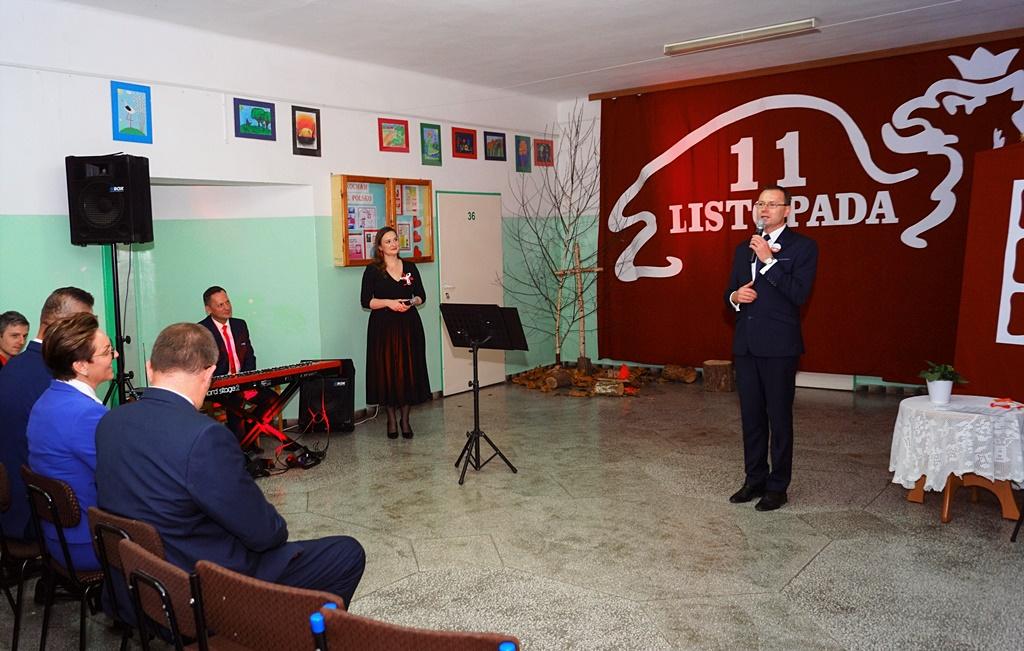 piate-gminne-obchody-narodowego-swieta-niepodleglosci-gmina-brody-powiat-starachowicki20191111-150855.JPG