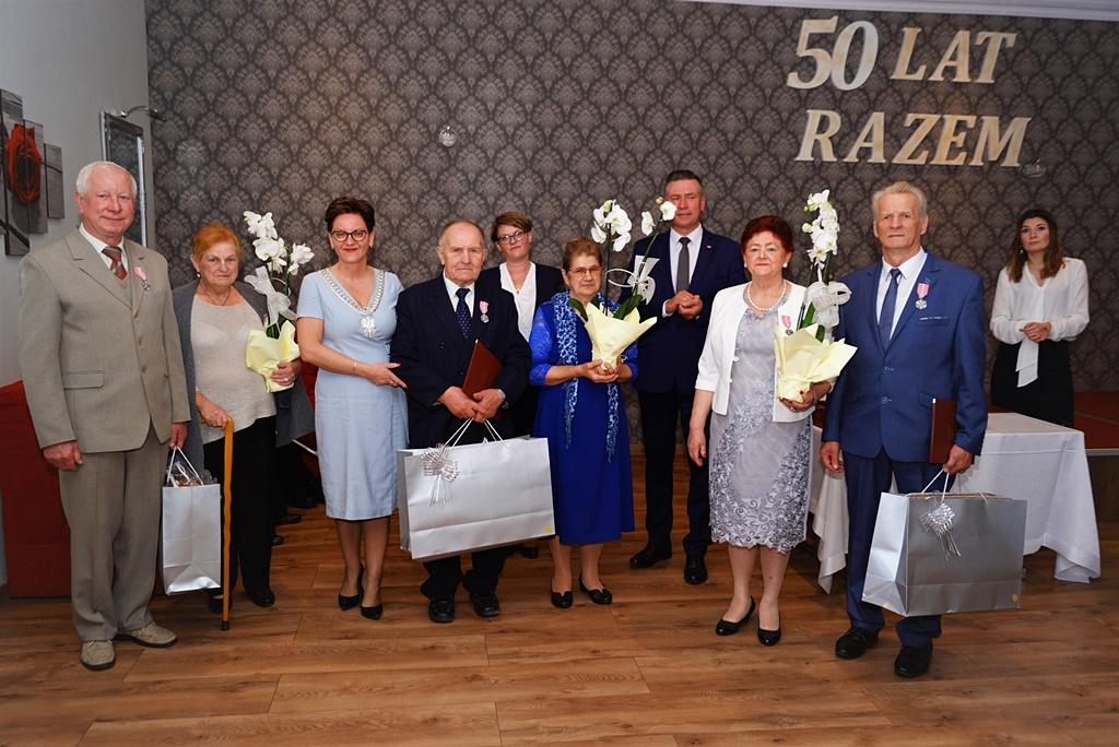 zloci-jubilaci-2019-gmina-brody-powiat-starachowicki036.JPG