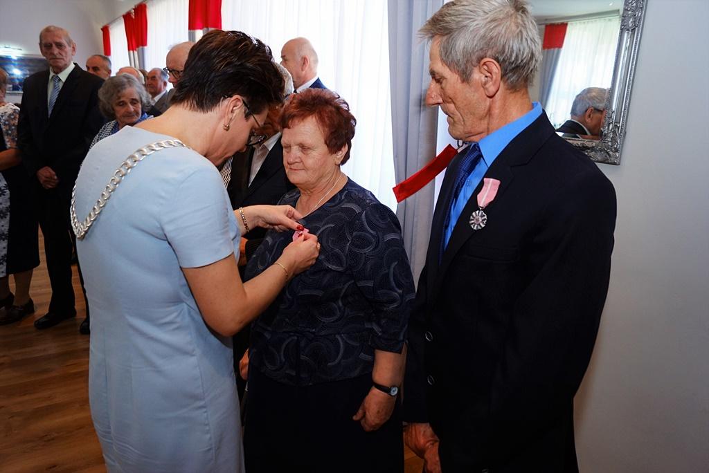 zloci-jubilaci-2019-gmina-brody-powiat-starachowicki037.JPG