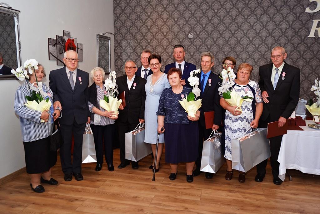 zloci-jubilaci-2019-gmina-brody-powiat-starachowicki043.JPG