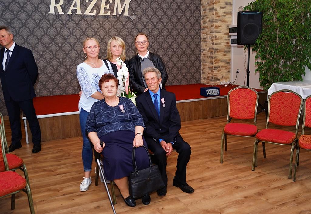 zloci-jubilaci-2019-gmina-brody-powiat-starachowicki049.JPG