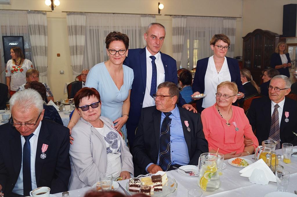 zloci-jubilaci-2019-gmina-brody-powiat-starachowicki057.JPG