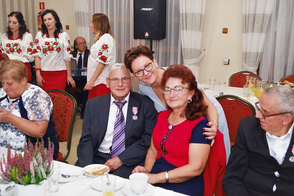 zloci-jubilaci-2019-gmina-brody-powiat-starachowicki061.JPG