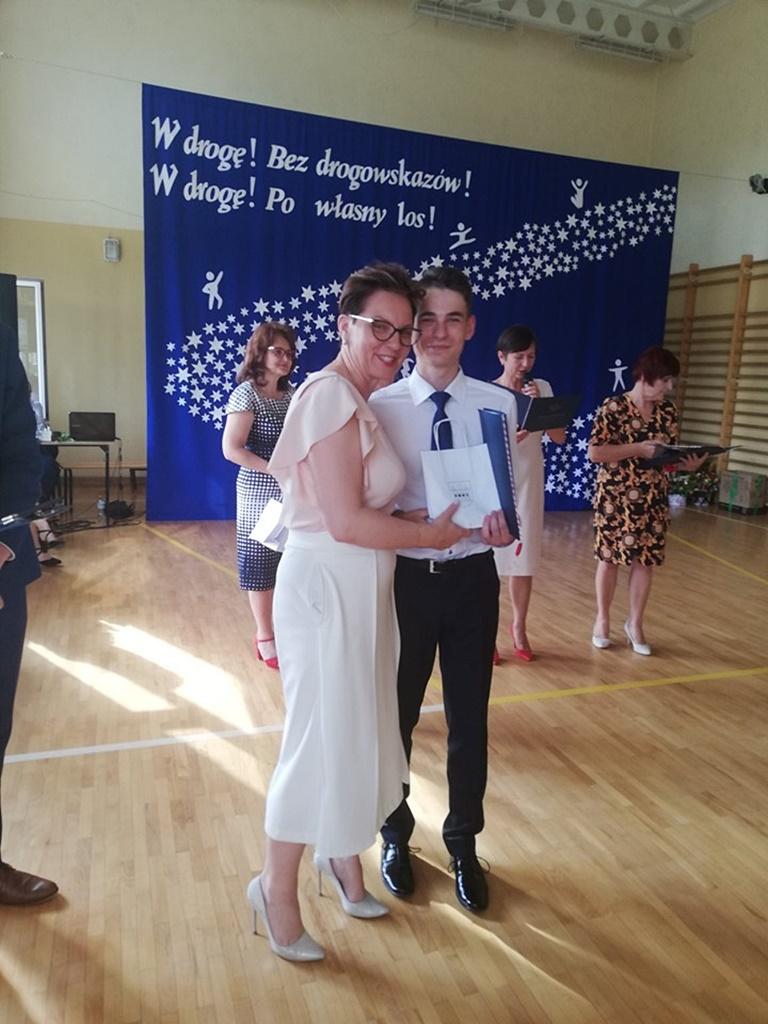 gimnazju-ruda-zakonczenie-201912-20190624-120257.jpg