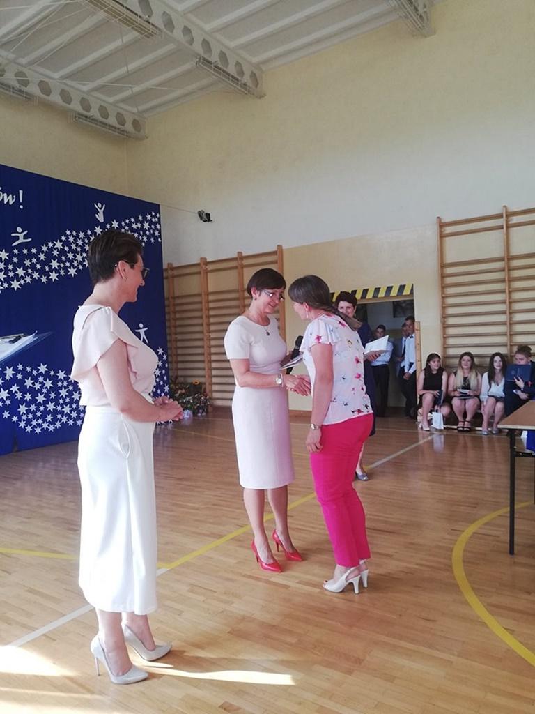 gimnazju-ruda-zakonczenie-201967-20190624-122733.jpg