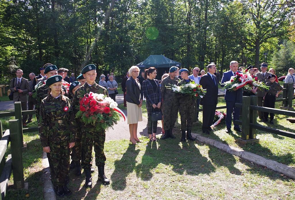 uroczystosc-patriotyczna-kutery-wrzesien-2019-gmina-brody-powiat-starachowickiIMGP5711.JPG