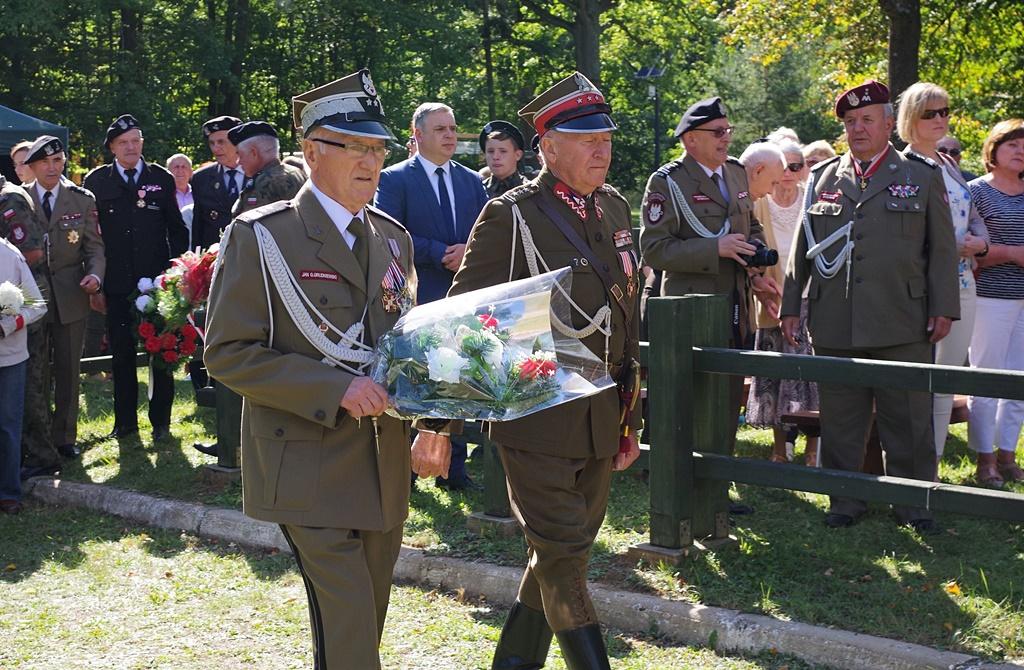 uroczystosc-patriotyczna-kutery-wrzesien-2019-gmina-brody-powiat-starachowickiIMGP5729.JPG