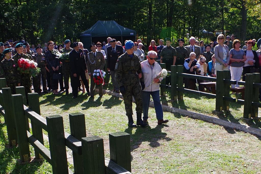 uroczystosc-patriotyczna-kutery-wrzesien-2019-gmina-brody-powiat-starachowickiIMGP5746.JPG