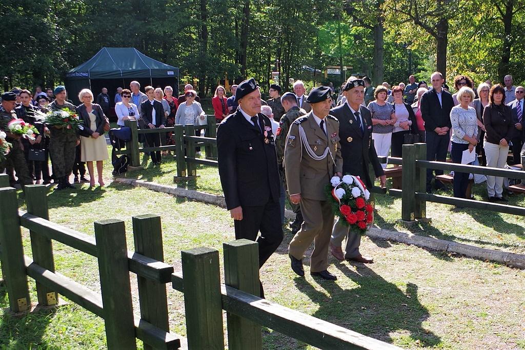 uroczystosc-patriotyczna-kutery-wrzesien-2019-gmina-brody-powiat-starachowickiIMGP5750.JPG