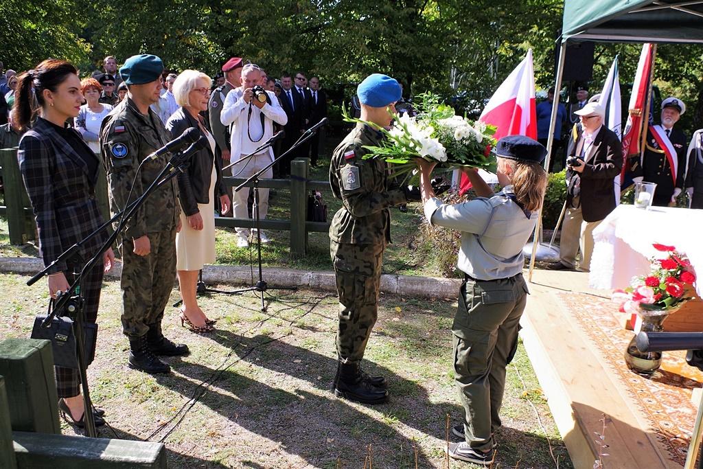 uroczystosc-patriotyczna-kutery-wrzesien-2019-gmina-brody-powiat-starachowickiIMGP5770.JPG