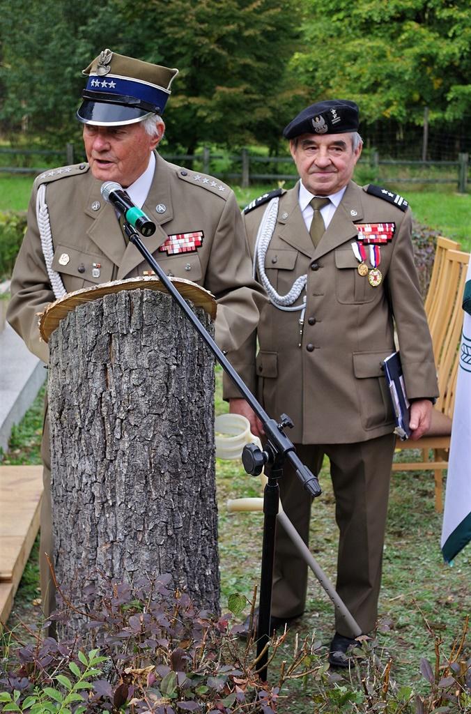 uroczystosc-patriotyczna-kutery-wrzesien-2019-gmina-brody-powiat-starachowickiIMGP6146.JPG