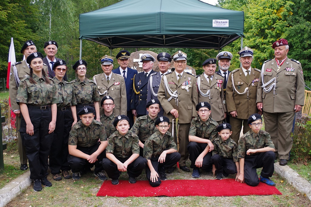 uroczystosc-patriotyczna-kutery-wrzesien-2019-gmina-brody-powiat-starachowickiIMGP6215.JPG