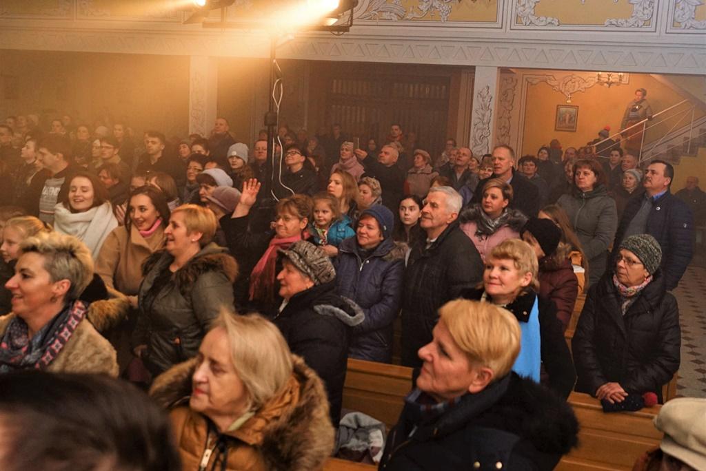 radosna-muzyczna-modlitwa-w-stykowie-koncert-uwielbienia-zespol-jak-najbardziej-gmina-brody-powiat-starachowicki20200118-193331.JPG