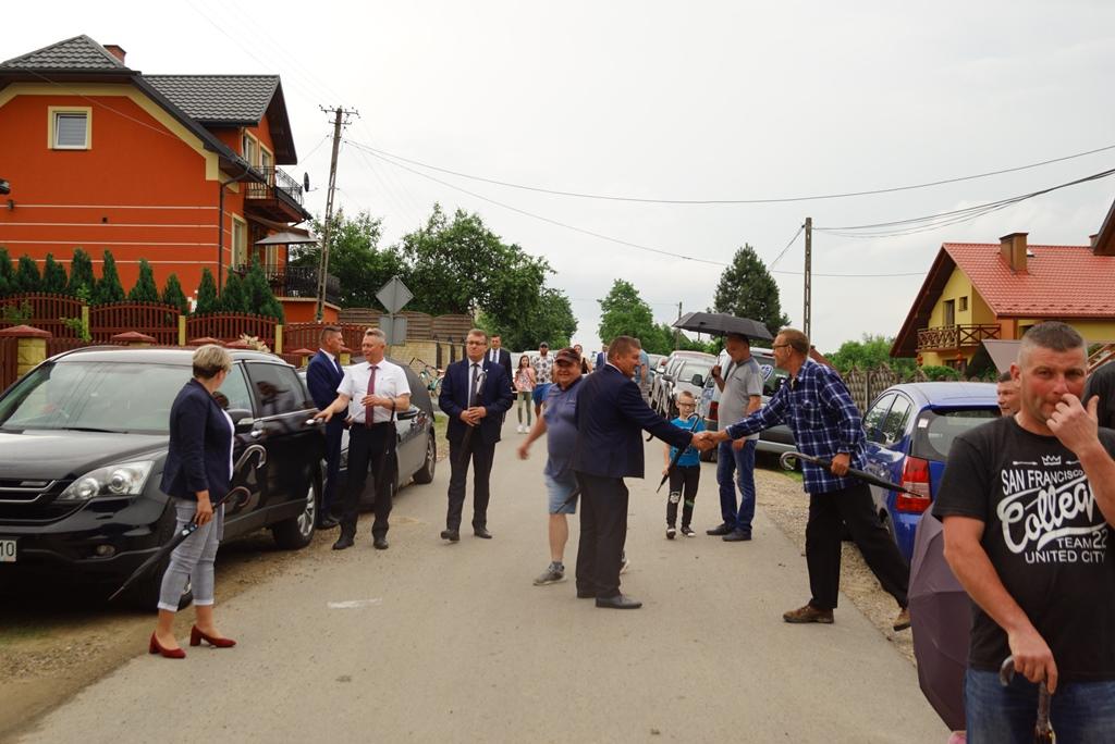 kanalizacja-lubienia-podsumowanie-ogromna-inwestycja-gmina-brody-swietokrzyskie-wojt-marzena-bernat-02.JPG