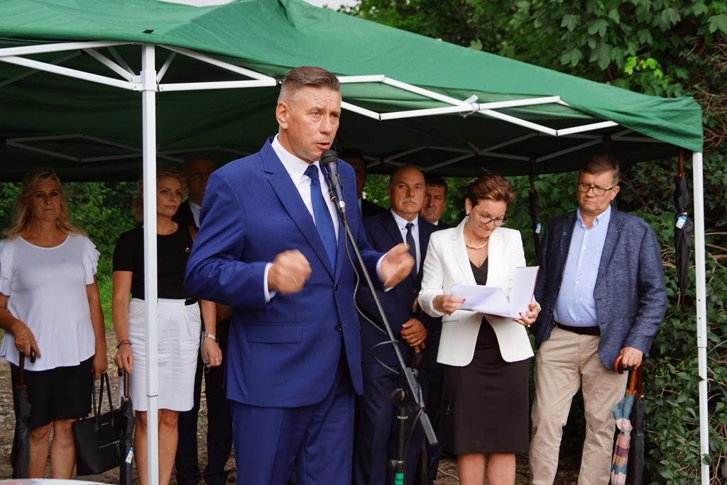 kanalizacja-lubienia-podsumowanie-ogromna-inwestycja-gmina-brody-swietokrzyskie-wojt-marzena-bernat-17.JPG