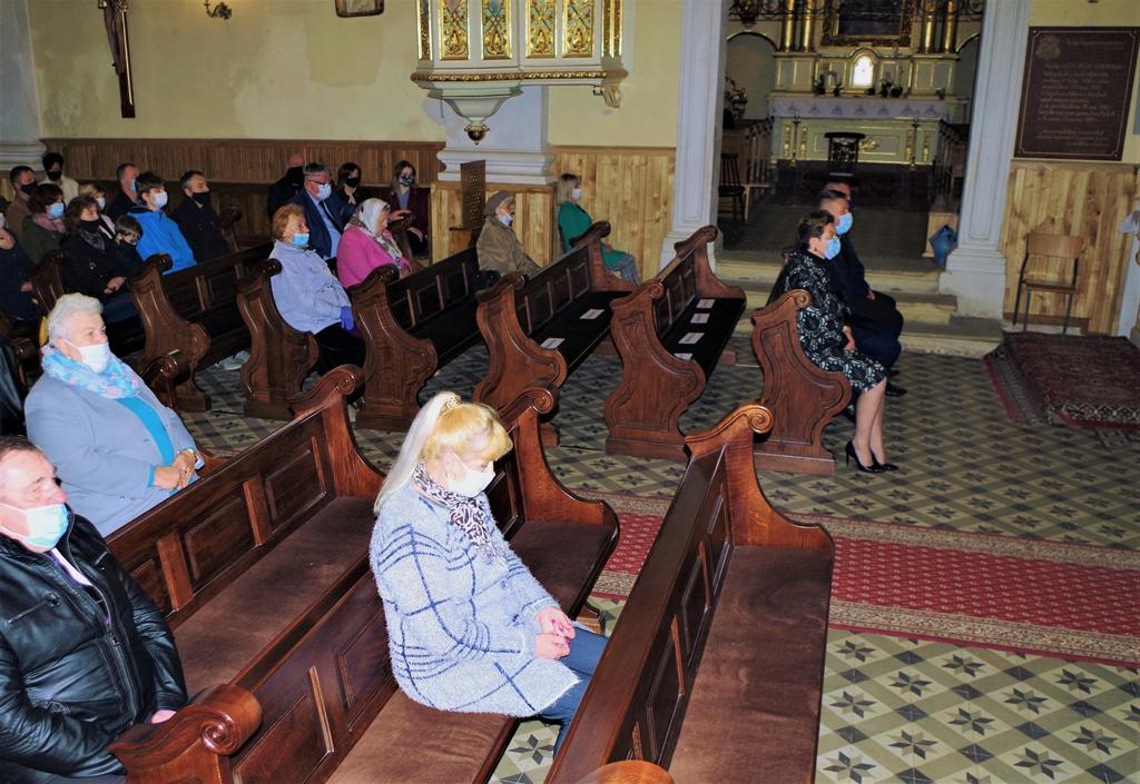 msza-w-intencji--ofiar-pacyfikacji-wsi-zuchowiec-gebice-doly-biskupie-77-rocznica-maj-2020-gmina-brody-powiat-starachowicki04-004.JPG