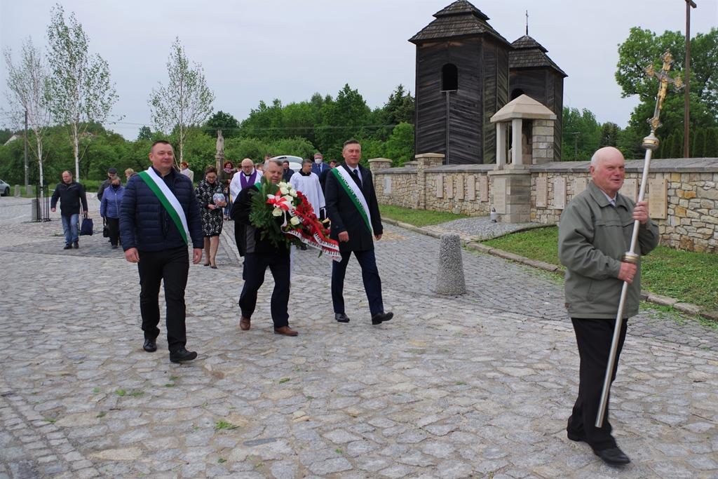 msza-w-intencji--ofiar-pacyfikacji-wsi-zuchowiec-gebice-doly-biskupie-77-rocznica-maj-2020-gmina-brody-powiat-starachowicki06-006.JPG