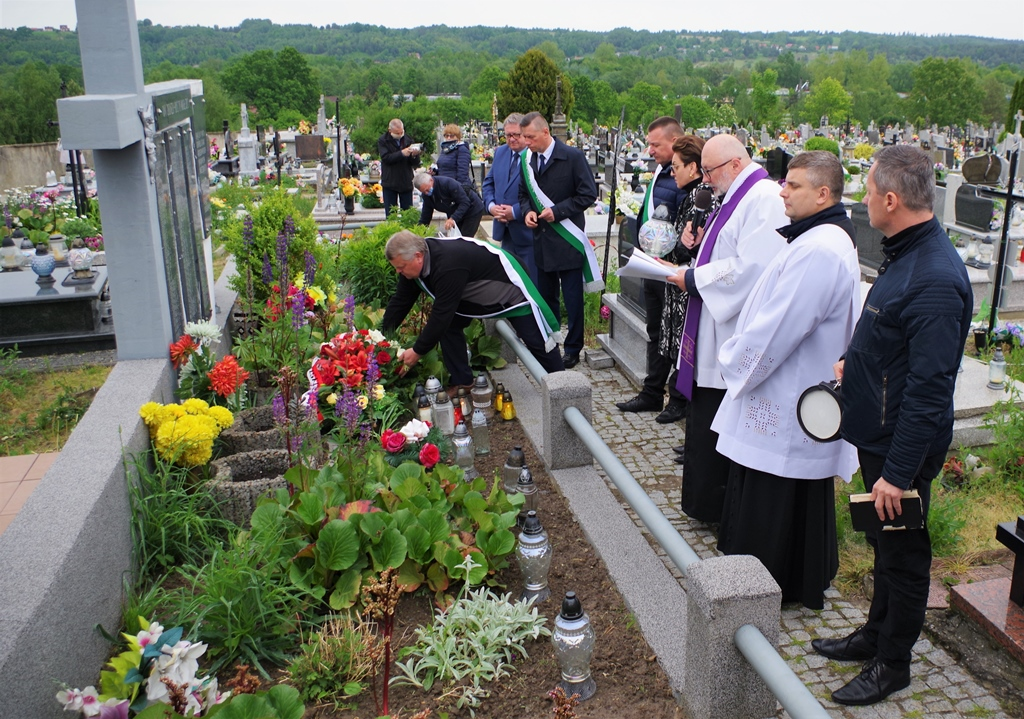 msza-w-intencji--ofiar-pacyfikacji-wsi-zuchowiec-gebice-doly-biskupie-77-rocznica-maj-2020-gmina-brody-powiat-starachowicki14-014.JPG