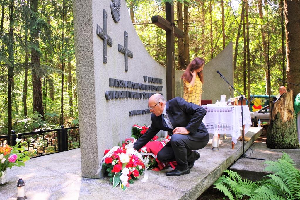 uroczystosc-patriotyczna-pacyfikacja-boru-kunowskiego-4-lipca-1943-uroczystosc-77-rocznica-gmina-brody-powiat-starachowicki2020-07-05-09-01-13.JPG