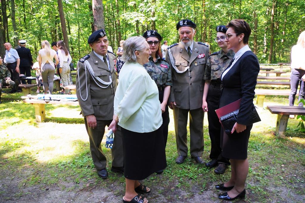 uroczystosc-patriotyczna-pacyfikacja-boru-kunowskiego-4-lipca-1943-uroczystosc-77-rocznica-gmina-brody-powiat-starachowicki2020-07-05-09-56-19.JPG