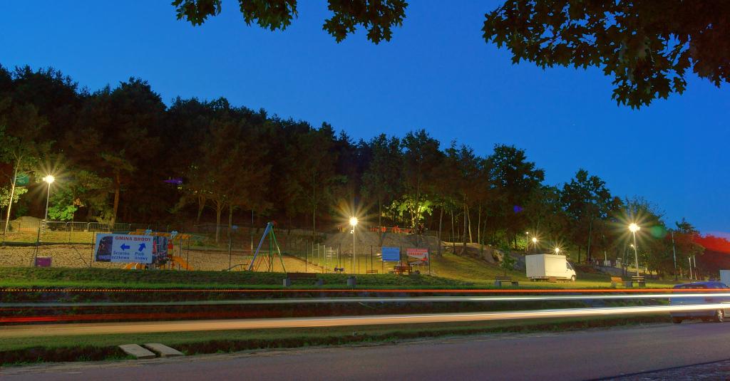 oswietlenie-monitoring-centrum-turystyczne-zalew-brodzki-3.JPG