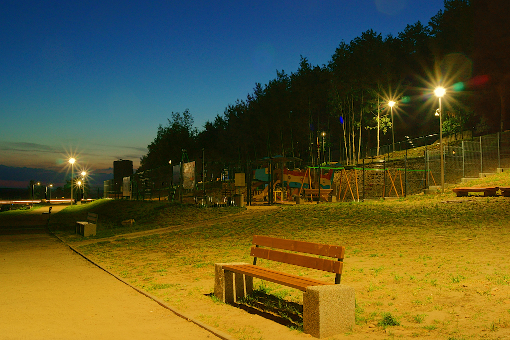 oswietlenie-monitoring-centrum-turystyczne-zalew-brodzki-5.JPG