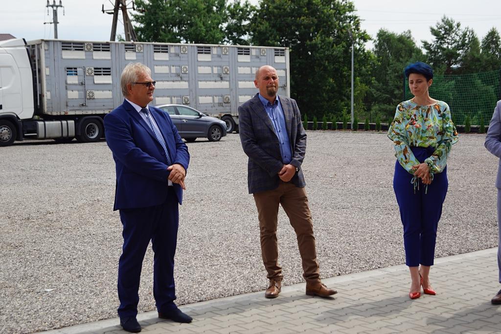otwarcie-hala-produkcyjna-stykow-firma-zapala-zabudowy-marzena-bernat-wojt-gminy-brody-swietokrzyskie-04.JPG